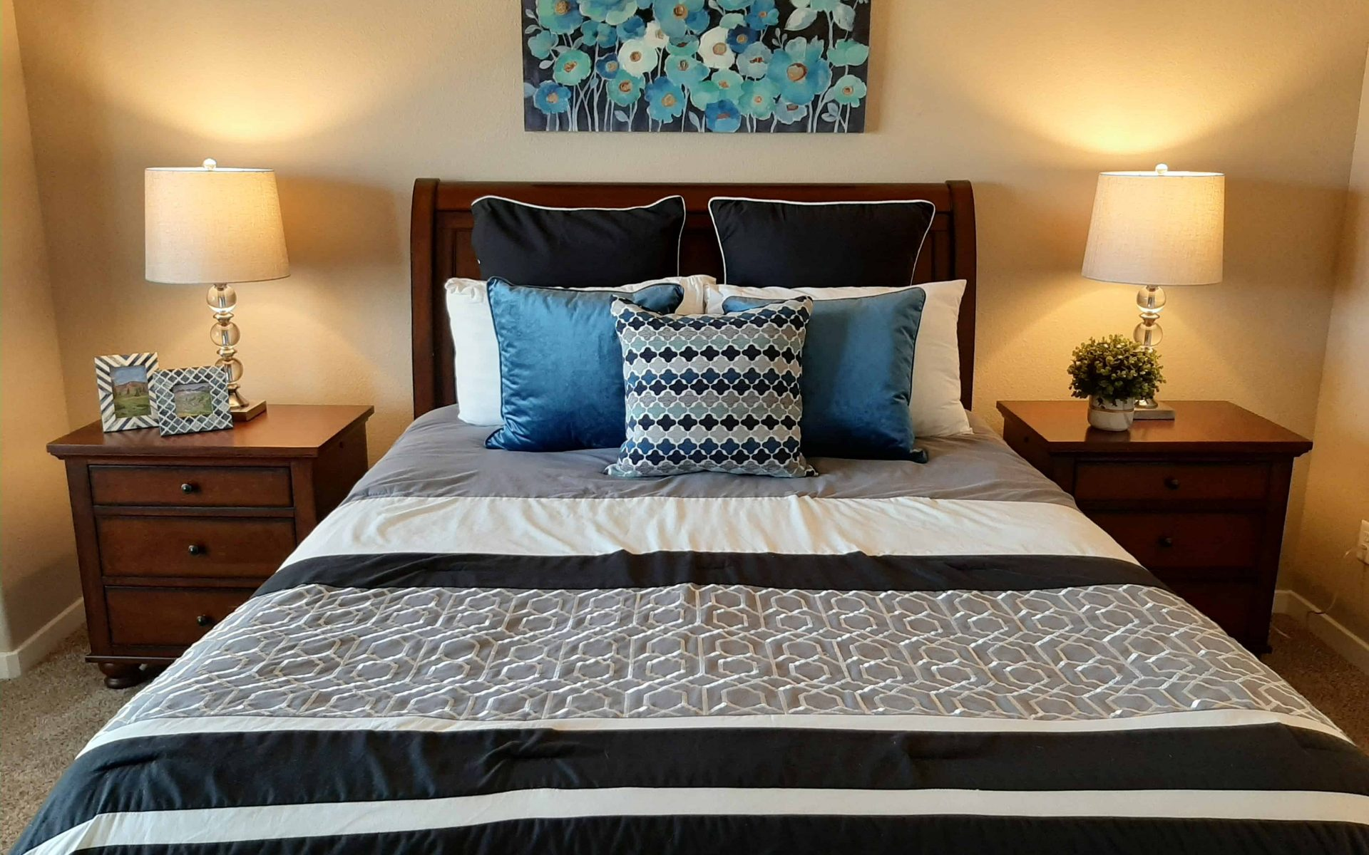 guest bedroom home staging