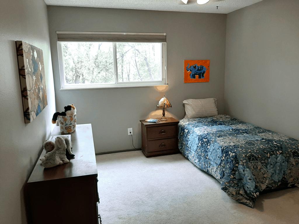 kid bedroom staging